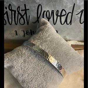 Retired James Avery Hand Hammered bangle bracelet